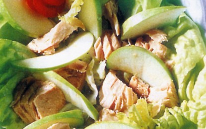 Salată de ton cu mere