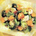 Salata de brocoli, conopida si morcovi