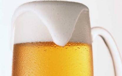 O bere e obligatorie după ce faceți efort fizic!