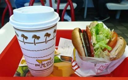 Dacă vreți, totuși, să mâncați la fast-food, măcar nu beți cafea!
