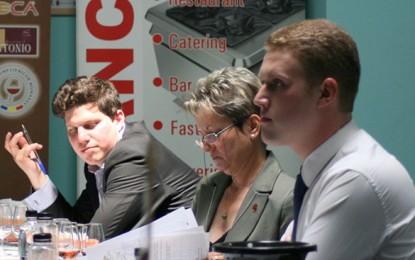 Oamenii, cifrele și imaginile Concursului Internațional de Vinuri București 2011