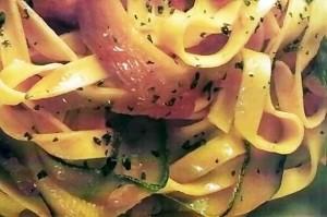 Tagliatelle cu legume