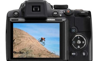 La eMAG, prețurile o iau la vale! Aparatele foto compacte Nikon sunt scutite de TVA!