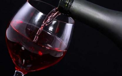 Falsificatorii chinezi își îndreaptă atenția spre vinurile celebre