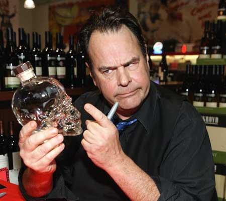 Dstrkt, aur în cuburile de gheață, cea mai scumpă cafea din lume și votca lui Dan Aykroyd