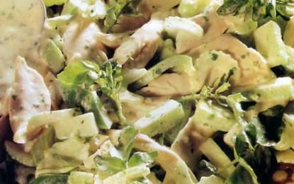 Salată de pui cu verdețuri
