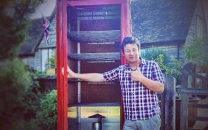 Jamie Oliver a transformat o cabină telefonică în afumătoare