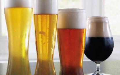 Forma paharului determină viteza cu care ne bem berea