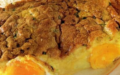 Ouă la cuptor cu sos de anchois și lămâie