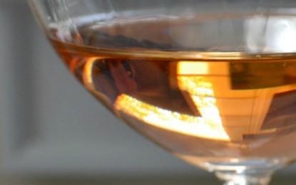 Să fie vinul portocaliu doar o modă, un artificiu de marketing sau mai mult decât atât?