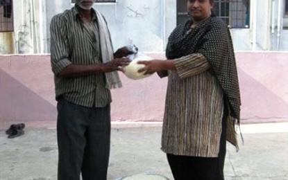 Cum dă India clasă Occidentului. Poftiți la Rice Bucket Challenge!