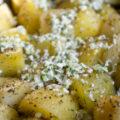 Cartofi la cuptor cu brânză