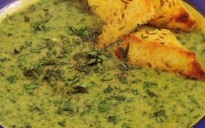 Supă cremă de salată verde cu pătrunjel