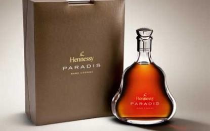 Kim Jong-il face reclamă după moarte la Hennessy Paradis