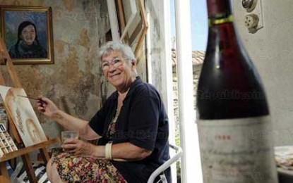 Elisabetta Rogai învechește vinul pe pânză