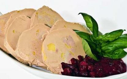 California interzice vânzarea de foie gras, francezii vor să boicoteze vinurile californiene