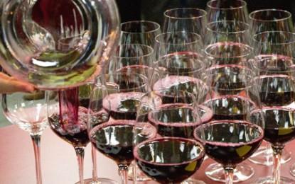 Consumul mondial de vin rămâne în creștere. Cantitativă și calitativă