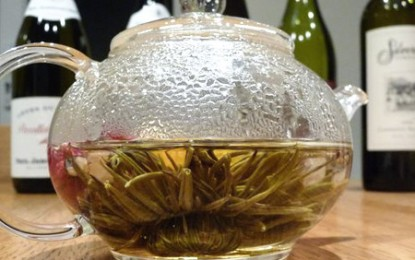 Vinul și ceaiul verde ne apără de Alzheimer