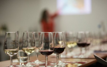În liceele românești s-ar putea face educație despre vin și asocierea lui cu mâncărurile